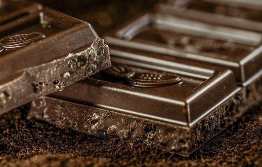 chocolate-968457_1280-crop-1-compressor.jpg